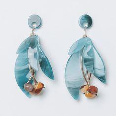 Diy Resin Earrings, Jewelry Design Earrings, Jewelry Show, Pearl Jewelry, Beaded Earrings, Statement Earrings, Diy Jewelry, Vintage Jewelry, Handmade Jewelry