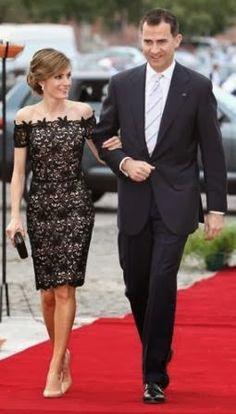 Fashion Assistance: Dña. Letizia y su extensa colección de vestidos de encaje