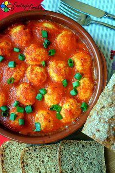 Wege klopsiki z kaszy jaglanej i tofu w pomidorach http://fantazjesmaku.weebly.com/blog-kulinarny/wege-klopsiki-z-kaszy-jaglanej-i-tofu-w-pomidorach