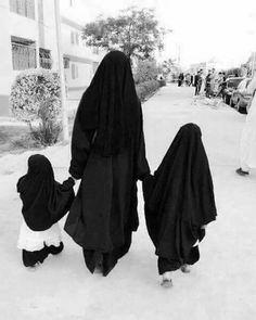 Hijabi Girl, Girl Hijab, Abaya Fashion, Muslim Fashion, Baby Hijab, Muslim Culture, Mother Daughter Fashion, Cute Muslim Couples, Arab Girls Hijab