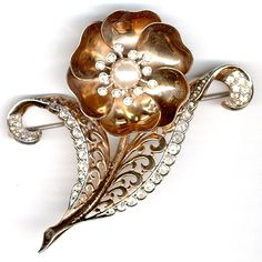 MB Boucher Gold and Pearl Mechanical Opening and Closing Flower Pin