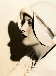 Love this hat! 1928 Joan Crawford  - Photo by Ruth Harriet Louise - 1920s fashion