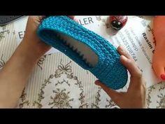 Yıldız Patik yapımı - YouTube Crochet Videos, Fingerless Gloves, Arm Warmers, Slippers, Youtube, Fashion, Fuzzy Slippers, Loafers & Slip Ons, Lace