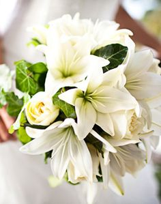 Traditional white bouquet