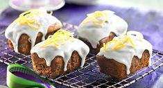 Gingerbread loaves with lemon frosting