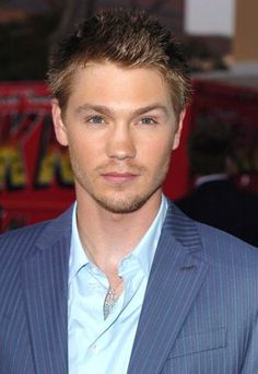 Look at those grey eyes!!! Mmmm. Chad Michael Murray at event of House of Wax