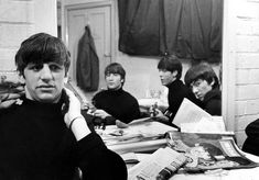 Iranian photojournalist Shahrokh Hatami, who has died aged 89, took a series of pictures when he met the Beatles in 1963