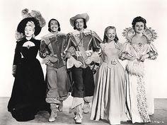 Lana Turner, Gene Kelly, Van Heflin, June Allyson, and Angela Lansbury in TheThree Musketeers (1948)