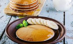 Bezglutenowe lekkie śniadanie - placuszki bananowe