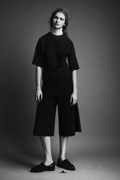 Chic Minimal Tailoring - black top & culottes; minimalist fashion // J JS Lee A/W 2013