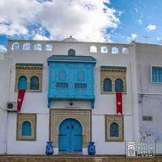 #White and #Blue #House at #Tunis #Blanco y #Azul #Casa en #Tunez #Tunissia #DaveKustomShots. More at http://bit.ly/DKSNstgrm