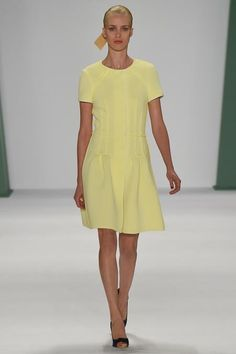 Carolina Herrera Spring 2015 RTW – Runway – Vogue (=)