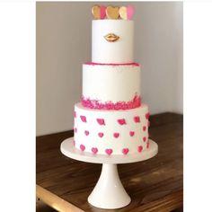 Valentines Day Cake - Cake Pop Mafia Valentines Day Cakes, Chocolate Hearts, Sugar Art, Cake Pop, Sweet Cakes, Mafia, Desserts, Food, Cake Pops