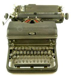 Antique Royal Magic Margin Touch Control Typewriter #shopgoodwill #steampunk #wordprocessor #author #writeabook #shopgoodwill