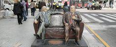 Paseo de los artistas en calle Corrientes   Sitio oficial de turismo de la Ciudad de Buenos Aires