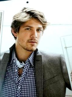 Yep... that's Taylor Hanson. All sexy-like!