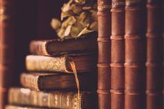 https://flic.kr/p/y7NHD6 | Page d´amour | Los tengo en la librería y nunca se me ha ocurrido sacarles fotos, con lo fotogénicos que son... Para mi Rosita, que siempre que veo estos libros me acuerdo de ti!!