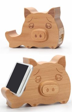Wooden Pig Shaped Bluetooth Speaker Mobile Display Stand
