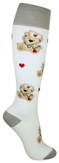Suloiset nalle tukisukat ovat erityisesti hoitajien suosikki. Sukissa on kevyt tuki ja ne soveltuvat päivittäiseen käyttöön ehkäisemään jalkojen turvotusta. Christmas Stockings, Socks, Holiday Decor, Fashion, Needlepoint Christmas Stockings, Moda, Fashion Styles, Sock, Christmas Leggings