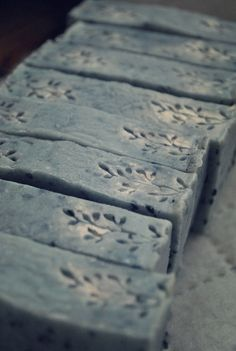Soap with charcoal and black sesame
