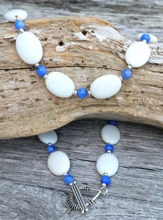 White Gemstone Necklace, Gemstone Jewelry, Beaded Necklace