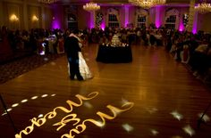 Abbington Distinctive Banquets: The Abbington believes in making your dreams come true. That's why we go out of our way to make sure your special day is magnificent. Featured Chicago wedding venue on ChicagoWeddingServices.com
