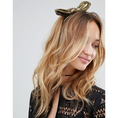 Johnny Loves Rosie Metallic Knot Headband (16 CAD) ❤ liked on Polyvore featuring accessories, hair accessories, gold, hair band accessories, knotted headwrap, head wrap headband, knotted headband and hair band headband