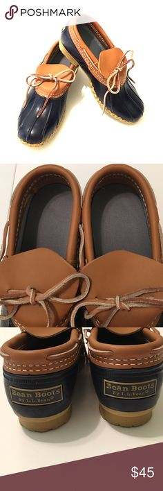 Ladies L.L. Bean - Bean Boots Ladies size 7 navy blue LLBean Bean Boots. Very gently used. Insoles are very clean - no damage to leather - bottoms are slightly dirty as can be expected. 😊 L.L. Bean Shoes Winter & Rain Boots
