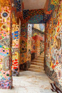 Colorful mosaic tiles : Wat Pha Sorn Kaew by Waraphorn Aphai on 500px
