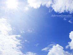 """""""Que el cielo exista, aunque nuestro lugar sea el infierno"""" J.L.B. #Mediodia #cielo #nubes #sol #calor #Abejorral #Antioquia #Colombia #luz #life #cloud"""
