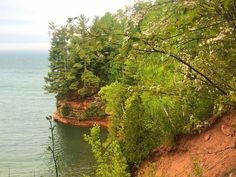 Apostle Lakeshore Hiking Checklist, Sea Cave, Round Trip, Lake Superior, Caves, Hiking Trails, Nice View, Woodland, Cool Pictures
