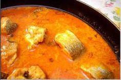 Ik heb echt de kokos ontdekt en vind het heerlijk om hiermee te koken. Dit is een eenvoudige curry, maar valt bij alle gezinsleden goed in...