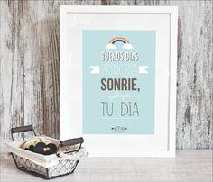 Lámina -Buenos días princesa, sonríe que hoy es tu día-.  Puedes encontrarla en: shop.kitikidesign.com