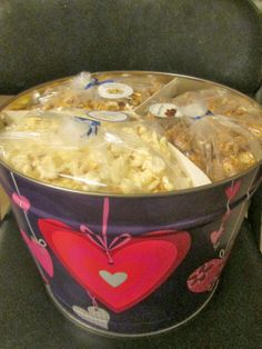 Cassie's Gourmet Popcorn & Giveaway ~ The Review Stew