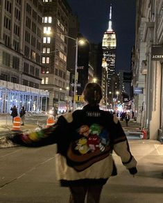 New York Life, Nyc Life, Night Aesthetic, City Aesthetic, Aesthetic Outfit, Beige Aesthetic, Flower Aesthetic, Mode Hipster, City Vibe