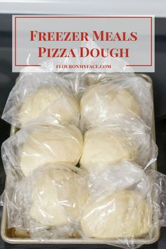 Freezer Meals-Pizza Dough It's been too long since I shared a Freezer Meals recipe! This Freezer Meals-Pizza Dough recipe is one of my favorite homemade pizza dough recipes and is perfect for your freezer cooking Freezable Meals, Easy Freezer Meals, Freezer Cooking, Cooking Recipes, Pizza Recipes, Bread Recipes, Freezer Desserts, Freezer Storage, Dishes Recipes