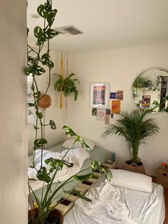 Room Design Bedroom, Room Ideas Bedroom, Bedroom Decor, Bedroom Inspo, Indie Room, Pretty Room, Aesthetic Room Decor, Cozy Room, Dream Rooms