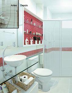 Antes e depois: banheiro parece outro com tecido aplicado no armário
