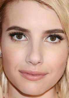 Close-up of Emma Roberts at the 2015 Donate a Photo Holiday Kick-Off. http://beautyeditor.ca/2015/12/02/best-beauty-looks-olivia-wilde