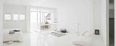 The White Retreat, A Wonderful Example Of Minimal Interior Design - UltraLinx