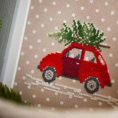 New Embroidery Patterns Tree Christmas Cross Stitch Ideas Xmas Cross Stitch, Cross Stitch Love, Beaded Cross Stitch, Crochet Cross, Cross Stitching, Cross Stitch Embroidery, Embroidery Patterns, Cross Stitch Patterns, Christmas Car