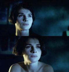 """""""Blue"""", (Juliette Binoche). is the first film of the Three Colors trilogy. Director:Krzysztof Kieslowski (1993)"""