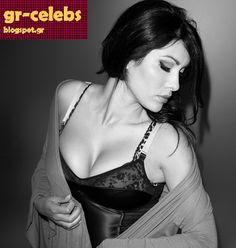 Ελληνίδες Celebrities : Η Κλέλια Ρένεση σε μία sexy φωτογράφιση (vol.5)