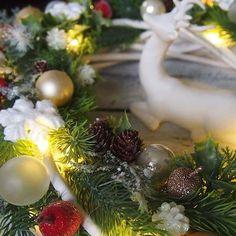 Ostatnio moje ulubione zajęcie😊❅!#wianek#katedecowianki#święta#wianekbozonarodzeniowy#dekoracje#dodatkidodomu#ozdoby#ozdobyświąteczne##dekoracjewnetrz#prezent#zima#christmas#xmas#homedecor#handmade#homesweethime#decorations#winter ❅❅❅❅