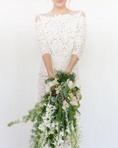 modern foliage-strong cascading bouquet