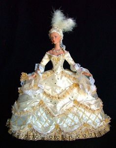 Marie Antoinette Doll: Photo by By golondrina411 on Flickr