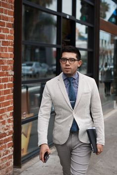 http://chicerman.com  meninthistown:  Pattern and texture.  #streetstyleformen