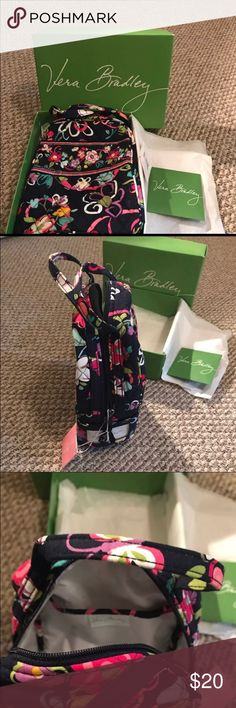 🛍 Brand New Vera Bradley Lunch Tote Brand New Never Used Trendy Insulated Authentic Vera Bradley Lunch Tote! Perfect for work or to take you meals or snacks with you anywhere on the go! Vera Bradley Bags Travel Bags