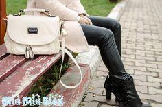 Just lovely, More here: http://shoeper-women.blogspot.ro/2012/12/random-stuff.html#comment-731739145