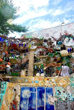 Philadelphia's Magic Gardens- Philly with a Fjallraven photography blog